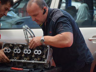mechanic engine repair